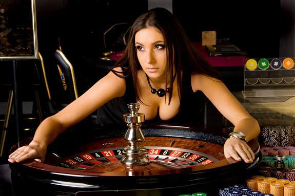 live online casino play roulette now